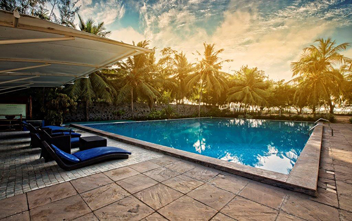 Hotels-in-pondicherry-with-swimmingpool
